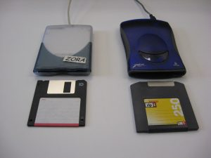 "USB 250 MB Zip Drive and 3.5"" Floppy Disk Drive"